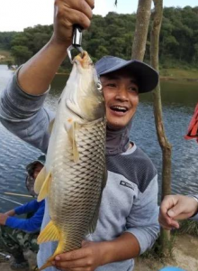 """大水库钓鱼的""""潜规则"""",有些钓鱼技巧,并不是真的适用当地鱼情"""